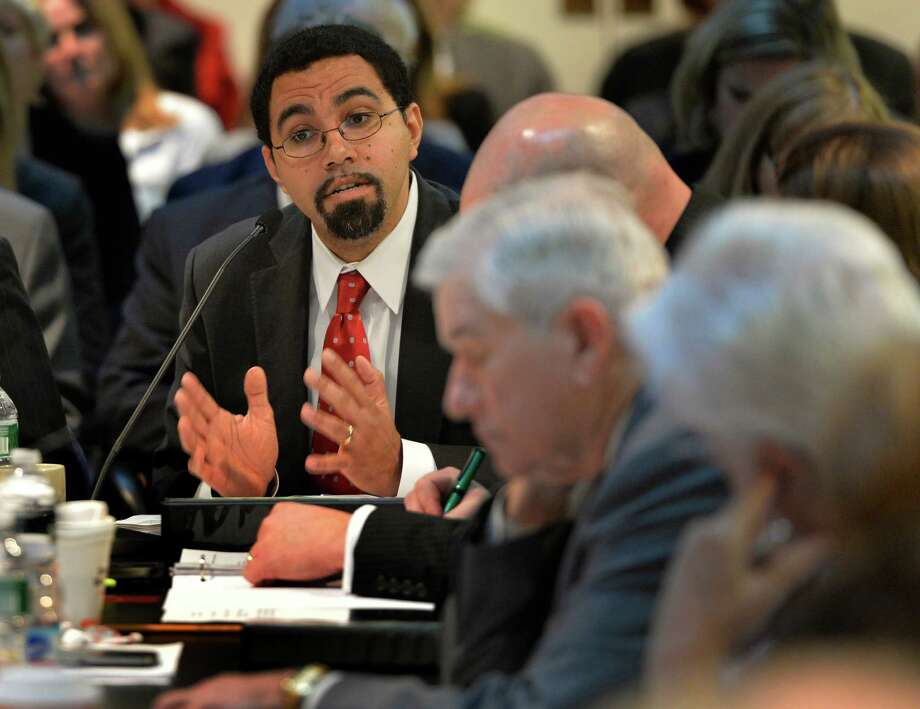 New York State Education Commissioner John King  presents information on the findings of the Common Core Work Group to the Board of Regents Monday morning, Feb. 10, 2014, in Albany, N.Y.   (Skip Dickstein / Times Union) Photo: SKIP DICKSTEIN / 00025689A