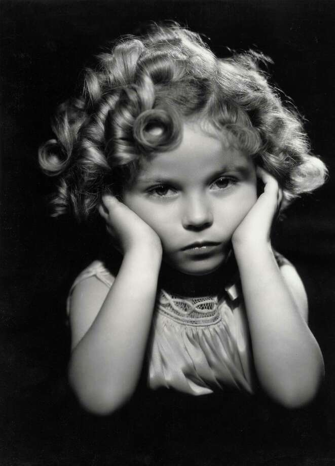 1933: Child actress Shirley Temple in one of her famous poses. Photo: Imagno, Getty Images / IMAGNO/Austrian Archives (S)