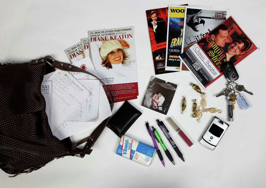Judge Bonnie Reed's shoulder-strap bag and this is what 