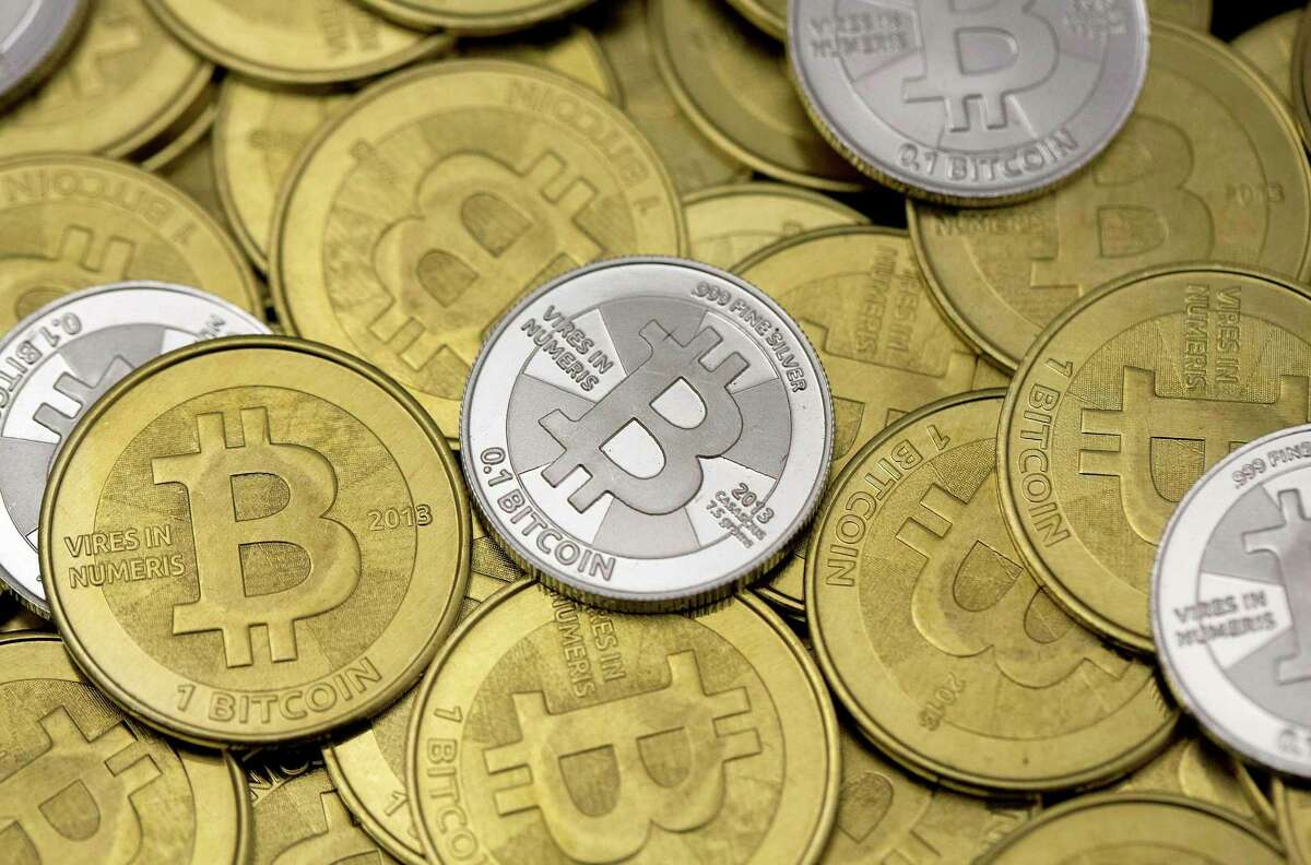 Who accepts bitcoins in san francisco bitcoins faucet that pay directly to xapo