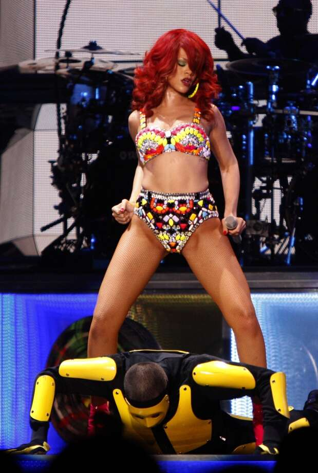 Rihanna performs for a crowd of thousands at the Oracle Arena in Oakland Calif., on June 30, 2011. Photo: Audrey Whitmeyer-Weathers, The Chronicle