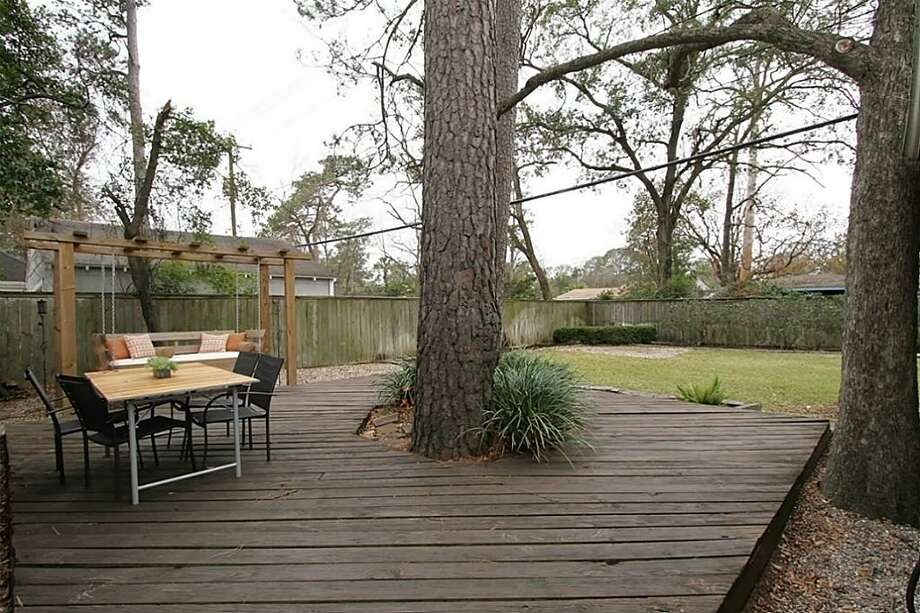 4223 Apollo: This 1946 home has 3 bedrooms, 2 bathrooms, 1,603 square feet, and is listed for $389,500. Photo: Houston Association Of Realtors