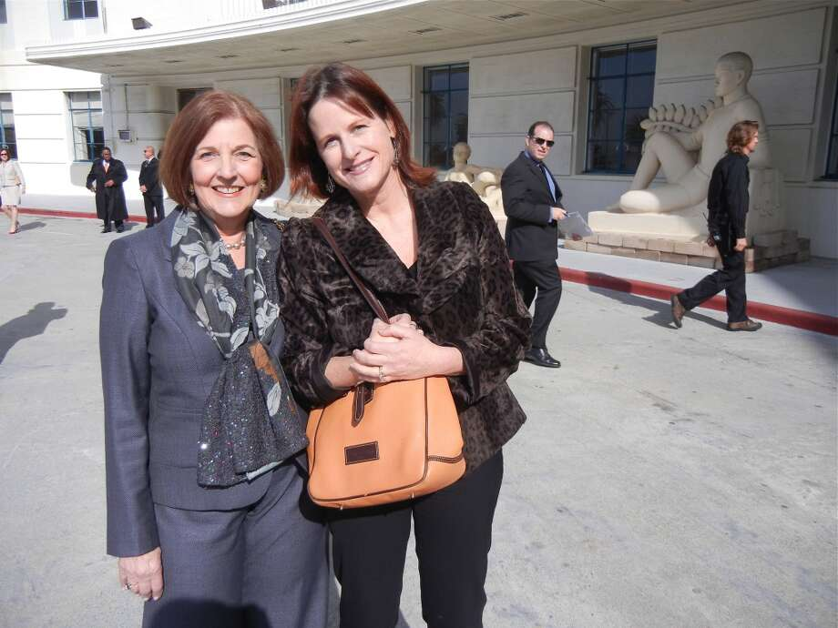 Airport Commissioner Eleanor Johns (at left) with SF Chronicle staff writer Jennifer Blot Photo: Catherine Bigelow