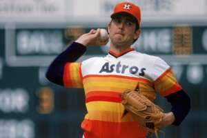 Nolan Ryan pitching for the Astros in 1980.
