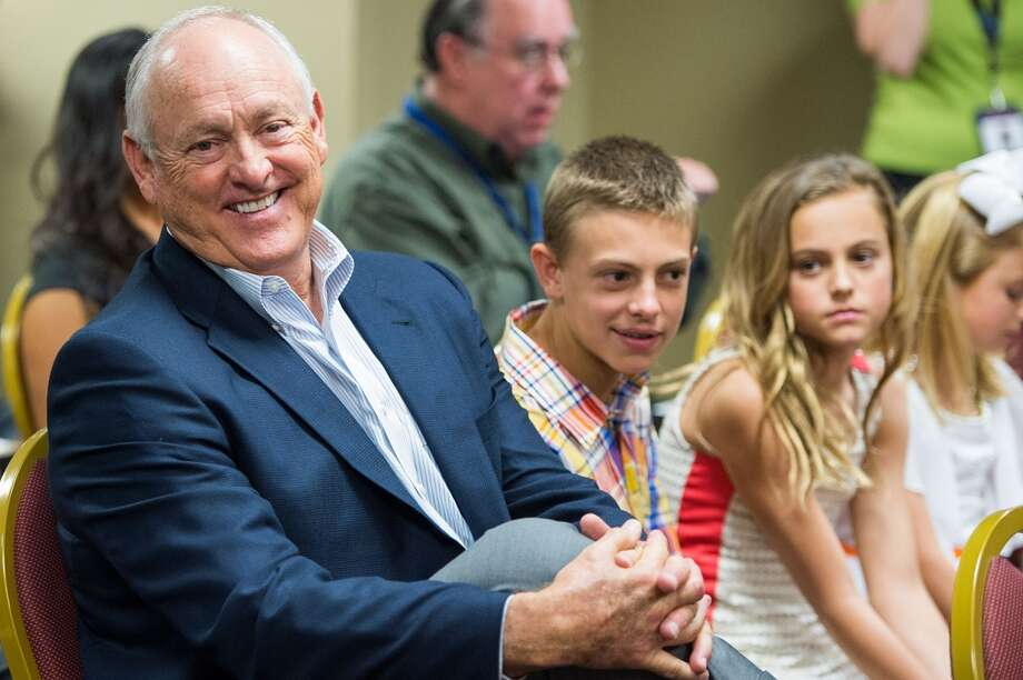 Nolan Ryan sits with his grandchildren at a May 2013 press conference that introduced his son Reid as Astros president. Photo: Smiley N. Pool, Houston Chronicle