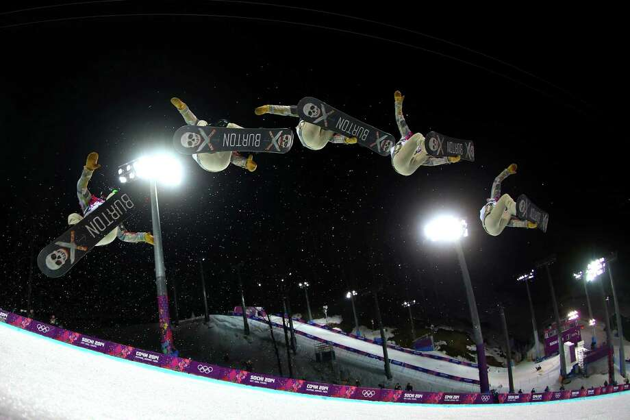 Shaun White of the United States competes in the Snowboard Men's Halfpipe Finals on day four of the Sochi 2014 Winter Olympics at Rosa Khutor Extreme Park on February 11, 2014 in Sochi, Russia. Photo: Mike Ehrmann / 2014 Getty Images
