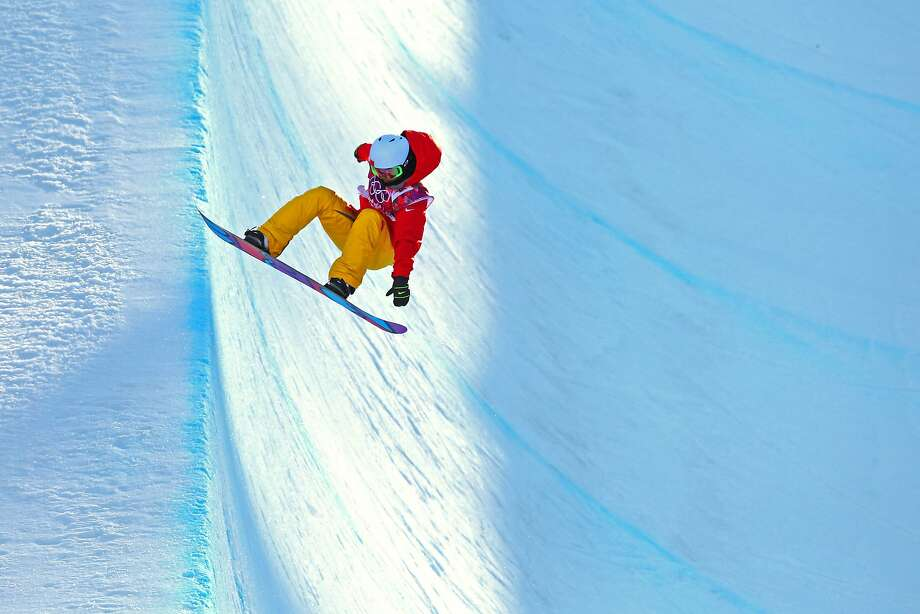 Jiayu Liu of China competes in the Snowboard Women's Halfpipe Qualification Heats on day five of the Sochi 2014 Winter Olympics at Rosa Khutor Extreme Park on February 12, 2014 in Sochi, Russia. Photo: Cameron Spencer, Getty Images