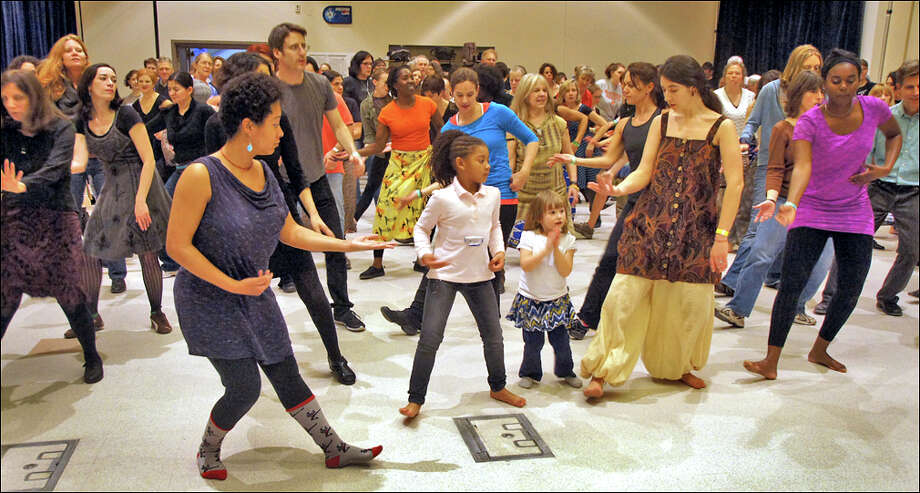 African dance lesson Photo: L. White Photo: Lawrence White / ©13 Lawerence White. All Rights Reserved