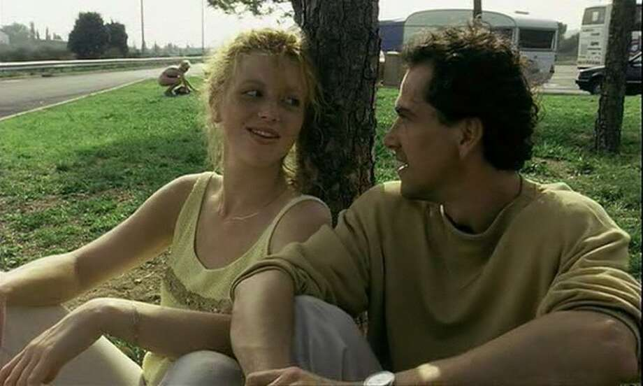The Netherlands' THE VANISHING (1988) should have been nominated for Best Foreign Language Film. (It was disqualified from consideration by the Academy for featuring too much French, and the award went to Denmark's PELLE THE CONQUEROR.) No one who sees it ever forgets it -- even if they want to.