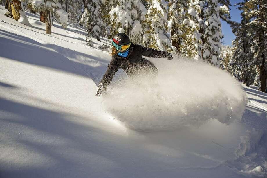 Joanna Dzierzawski snowboards Milky Way Bowl at Heavenly at South Lake Tahoe on Monday. Photo by Dan Wallisch Photo: Dan Wallisch