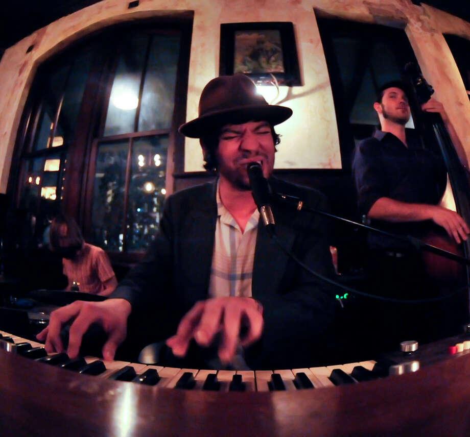 Cryin' D.T. Buffkin & the Bad Breath will play at Hi-Tones on Friday. Photo: Express-News File Photo / SAN ANTONIO EXPRESS-NEWS