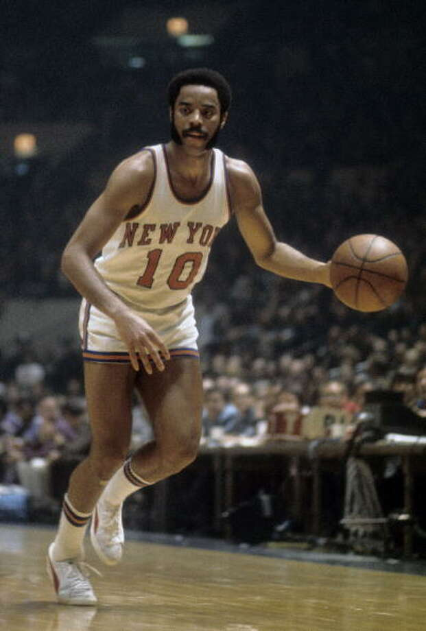 Walt Frazier #10 of the New York Knicks in action against the Los Angeles Lakers during a early circa 1970's NBA basketball game at Madison Square Garden in New York, New York. Frazier played for the Knicks from 1967-77.  (Photo by Focus on Sport/Getty Images) Photo: Focus On Sport, Getty Images / 2009 Focus on Sport