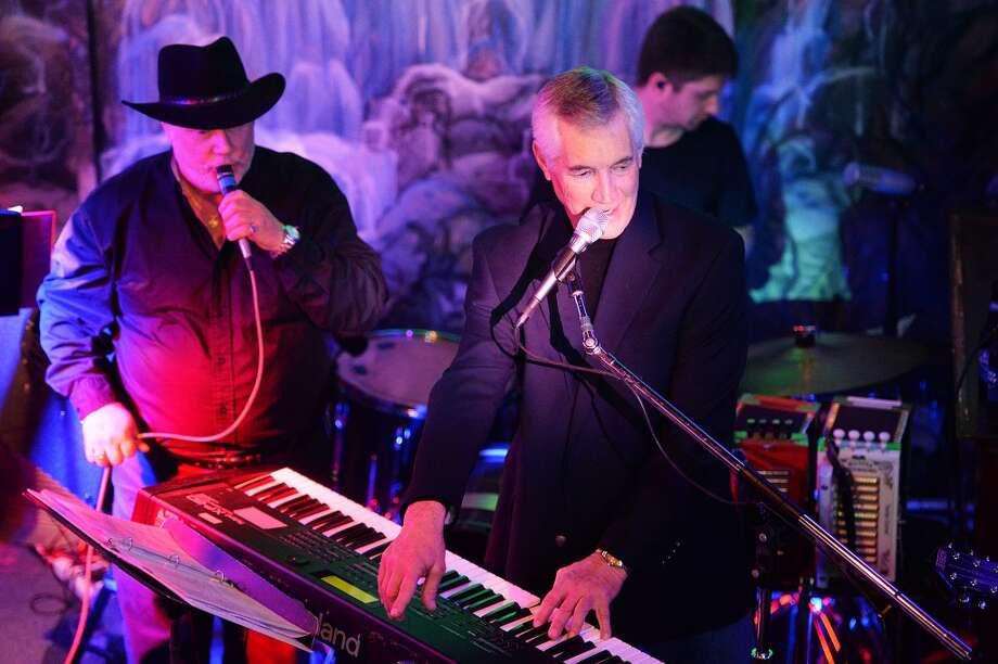 Ken Marvel performed live at the Capri Club on Saturday night. Michael Rivera/@michaelrivera88