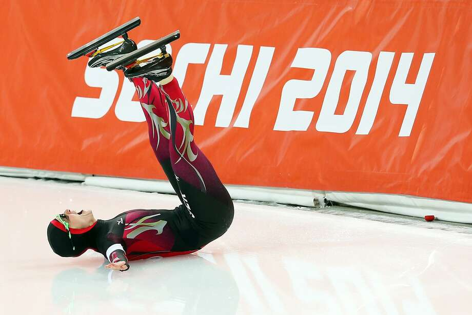 Monique Angermueller of Germany reacts after hitting the wall while competing during the Women's 1000m Speed Skating event on day 6 of the Sochi 2014 Winter Olympics at Adler Arena Skating Center on February 13, 2014 in Sochi, Russia. Photo: Quinn Rooney, Getty Images