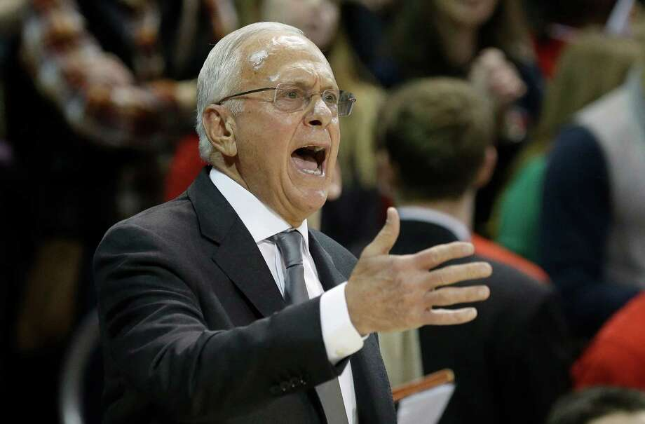 SMU coach Larry Brown yells from the sideline during the first half of an NCAA college basketball game against Cincinnati on Saturday, Feb. 8, 2014, in Dallas. (AP Photo/LM Otero)  vcb Photo: LM Otero, Associated Press / AP