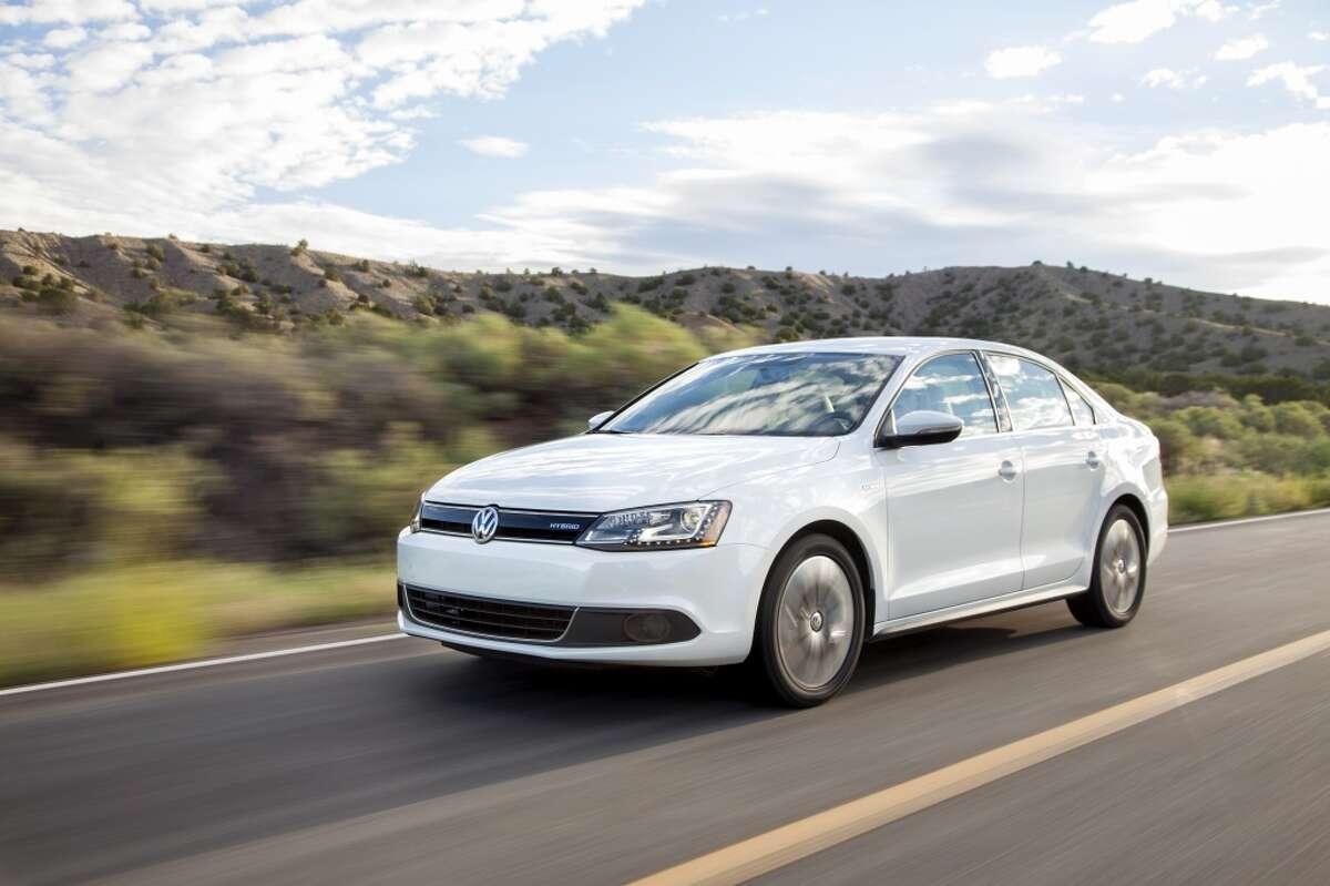 25. 2013 Volkswagen Jetta -- 268 total thefts in 2013