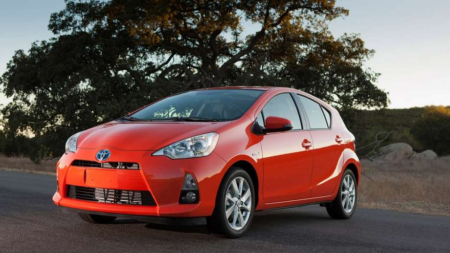 8. Toyota114 problems per 100 vehicles   Source: J.D. Power