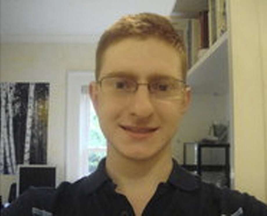 Tyler Clementi in an undated Facebook handout image. Clementi, an 18-year-old freshman at Rutgers University, died last week. (The New York Times) -- MAGS OUT/NO SALES; FOR EDITORIAL USE ONLY WITH STORY SLUGGED NJ-STUDENT-SUICIDE BY LISA W. FODERARO. ALL OTHER USE PROHIBITED. -- Photo: NYT