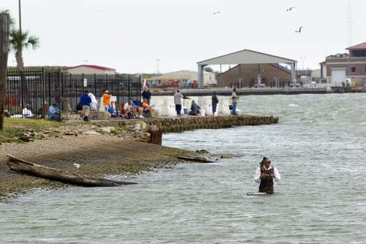 Places every texas kid should see before growing up san for Places to go fishing in houston