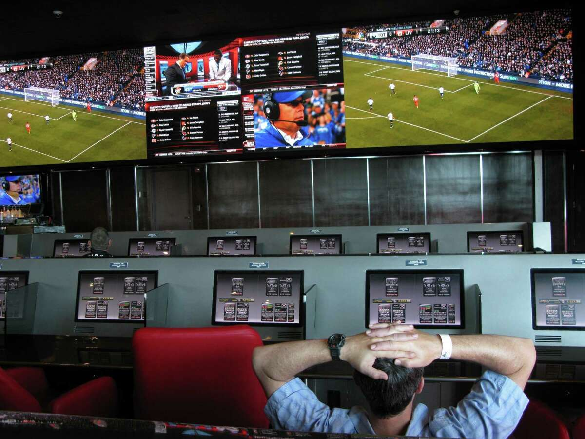 The Sports Book at Atlantis resort on Paradise Island, Bahamas was remodeled in 2013. (Josh Noel/Chicago Tribune/MCT) ORG XMIT: 1148386