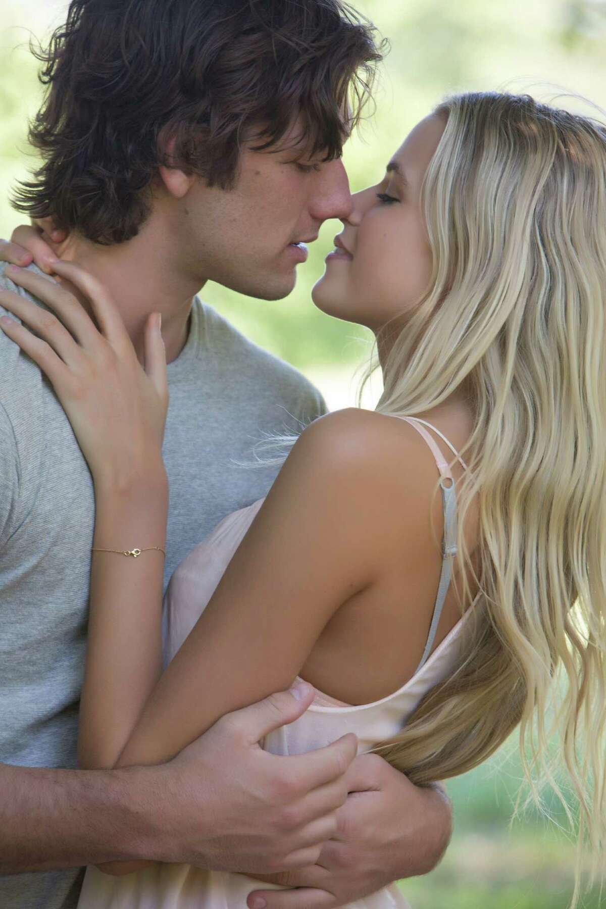 """ALEX PETTYFER as David and GABRIELLA WILDE as Jade in """"Endless Love"""", the story of a privileged girl and a charismatic boy whose instant desire sparks a love affair made only more reckless by parents trying to keep them apart."""