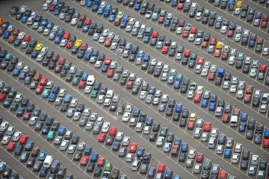 "Find out what the ""S-curves"" are and why they're always a parking lot. Photo: Jason Hawkes, Getty Images"