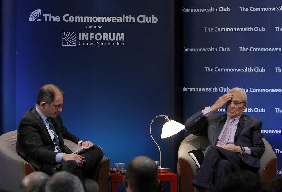 Tom Perkins (right) chats with Fortune magazine editor Adam Lashinsky before a Commonwealth Club audience. Photo: Carlos Avila Gonzalez, The Chronicle