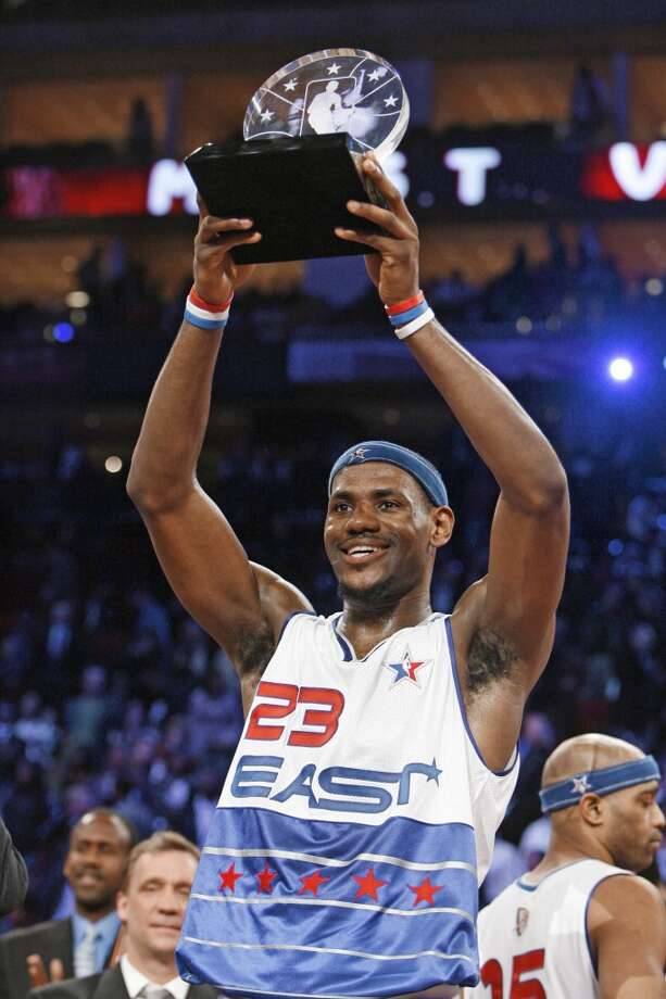 2006 - LeBron James East 122, West 120 Houston 29 points, 6 rebounds, 2 assists and 2 steals Photo: BILLY SMITH II, HOUSTON CHRONICLE