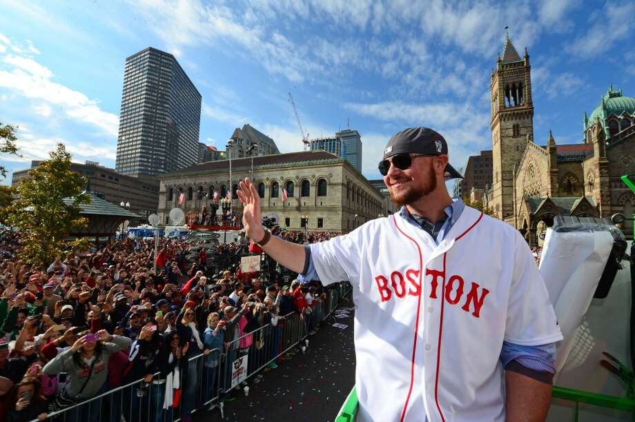 Top cities for single men