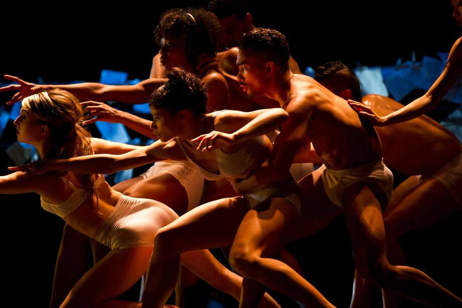 "Cedar Lake Contemporary Ballet performs Jo Strømgren's ""Necessity, Again."" Photo: Paula Lobo"