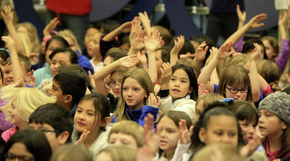 3. Houston's public schools are nearly two-thirds Hispanic Of the Houston Independent School District's 211,000 students, 62 percent were Hispanic in 2013-14. A group of 2nd through 4th graders watch a performance by Jazz & Poetry at Harvard Elementary School, Feb. 7, 2014. Source: Shared Prospects: Hispanics and the Future of Houston