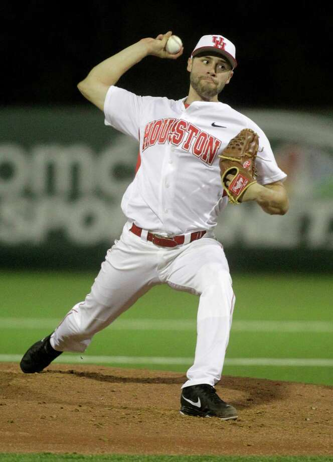 The Coogs' pitching staff, led by Aaron Garza, has been stellar thus far in 2014. Photo: J. Patric Schneider, For The Chronicle / © 2014 Houston Chronicle