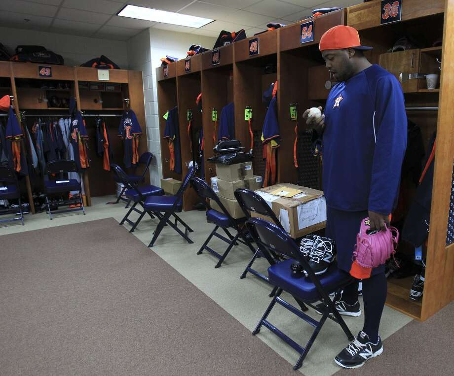 Astros pitcher Jerome Williams is one of several pitchers and catchers to report early to spring training. Photo: Karen Warren, Houston Chronicle