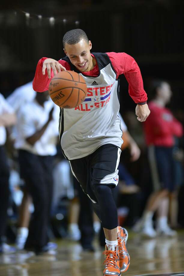 Stephen Curry, working out with the Western Conference All-Stars, makes visualization a big part of his preparation. Photo: Bob Donnan, Reuters