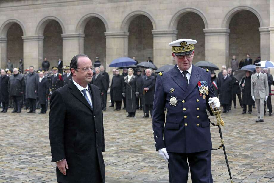 French President Francois Hollande didn't have a real wife to cheat on. Instead, he has an etiquette scandal. Photo: REMY DE LA MAUVINIERE, AFP/Getty Images / AFP