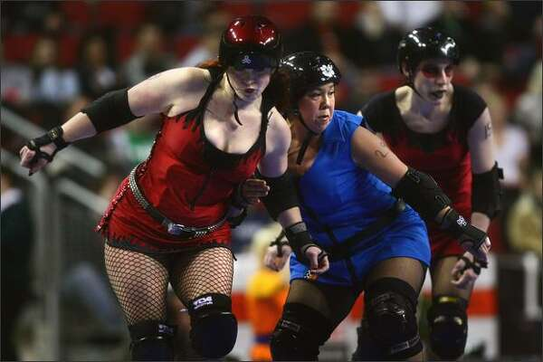 See a  Rat City Rollergirls game .