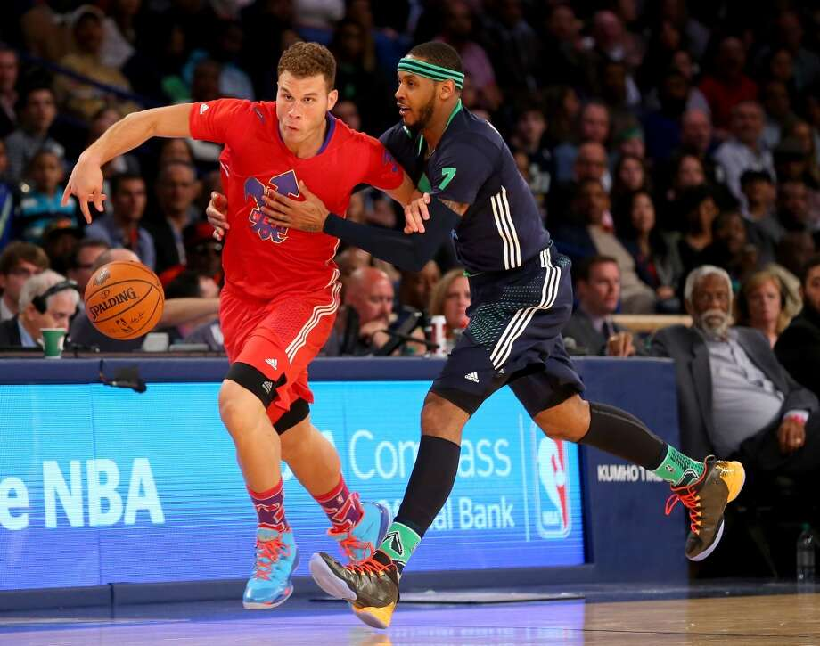 Blake Griffin #32 of the Clippers is fouled by Carmelo Anthony #7 of the Knicks. Photo: Ronald Martinez, Getty Images