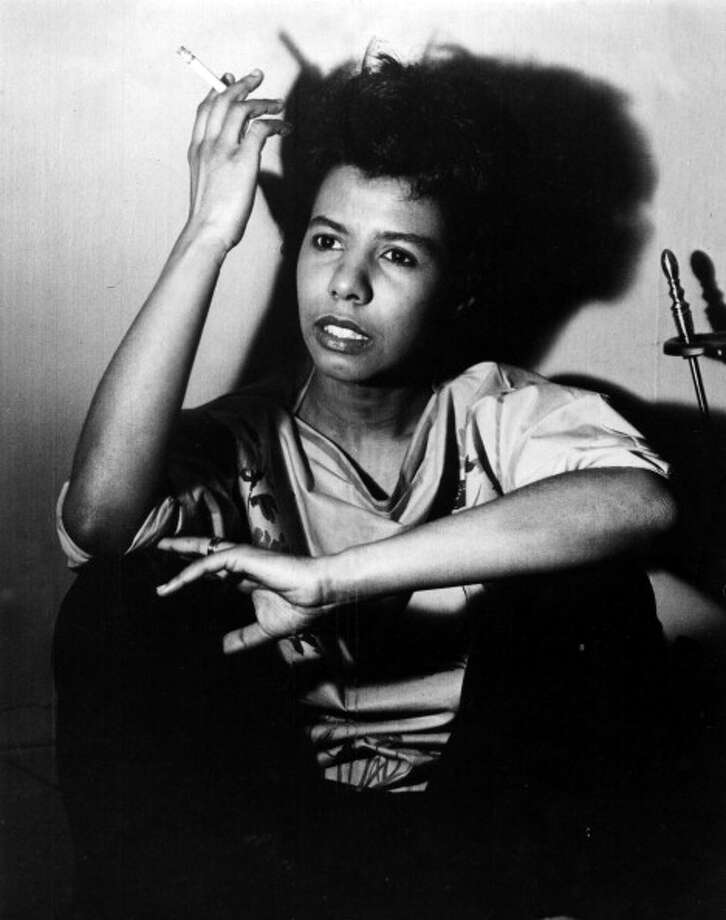 Portrait of African American poet and author Lorraine Hansberry, 1960. Photo: Afro Newspaper/Gado, Getty Images / Archive Photos
