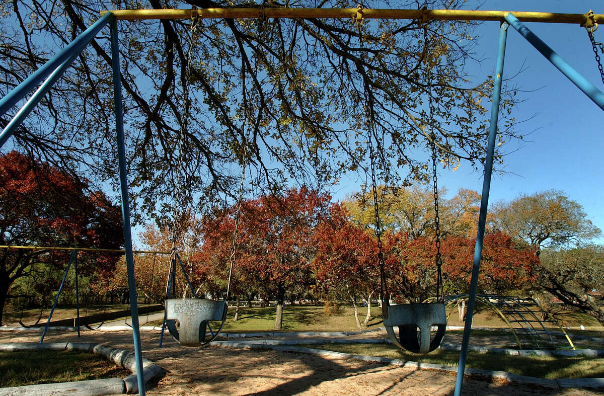 Fall colors at a cold and solitary Raymond Russell Park off IH10 near Camp Bullis Rd earlier this month. GLORIA FENRIZ/STAFF