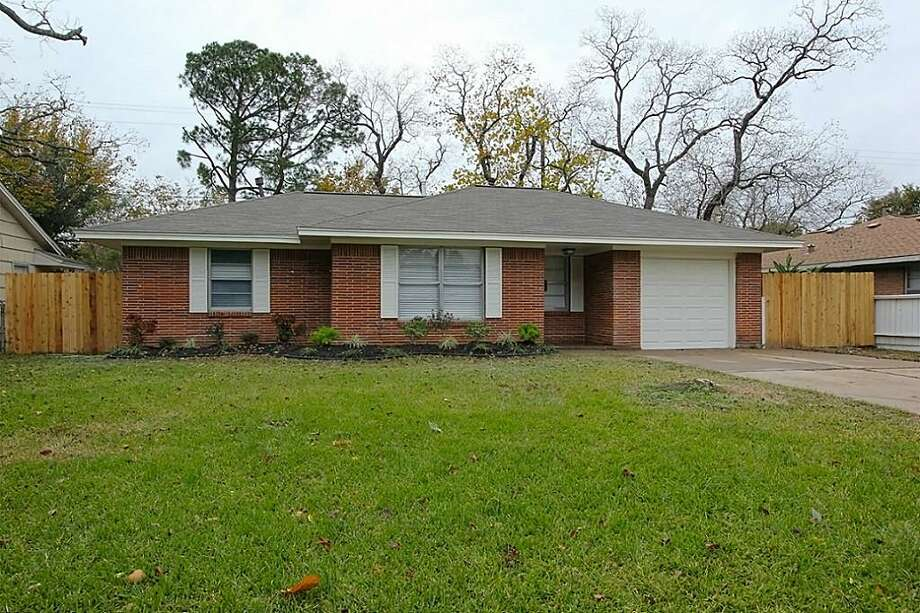 8602 Bob White: This 1954 home has 3 bedrooms, 2.5 bathrooms, 1,360 square feet, and is listed for $180,000.