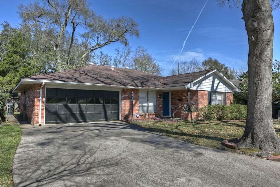 5314 De Milo: This 1958 home has 3 bedrooms, 1.5 bathrooms, 1,498 square feet, and is listed for $179,900.