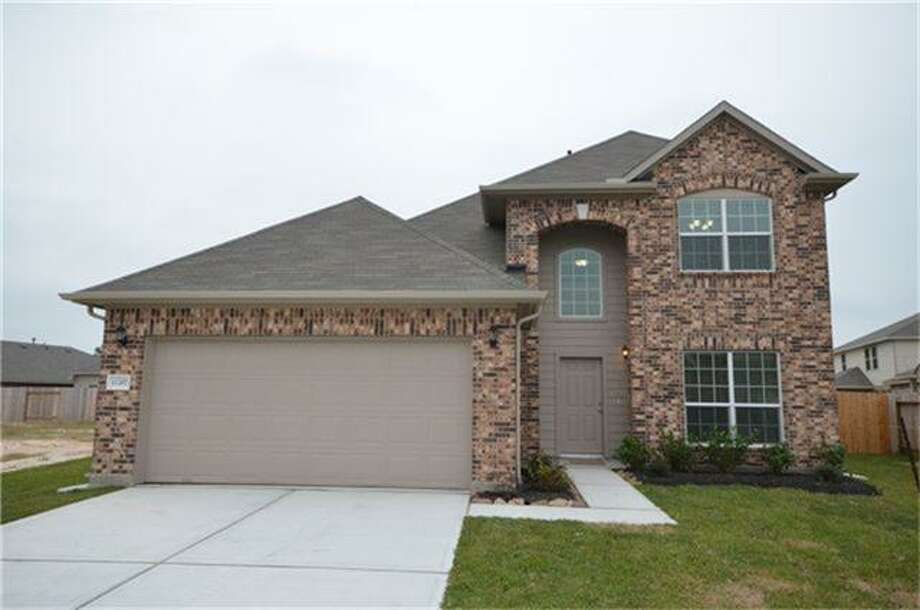 11207 Royal Sands: This 2013 home has 4 bedrooms, 2.5 bathrooms, 2,140 square feet, and is listed for $178,231.
