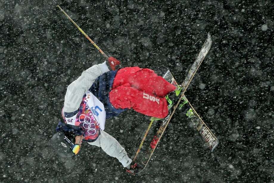 David Wise, ever-consistent in any weather condition, skied his way to gold in the halfpipe. Photo: Adam Pretty, Getty Images