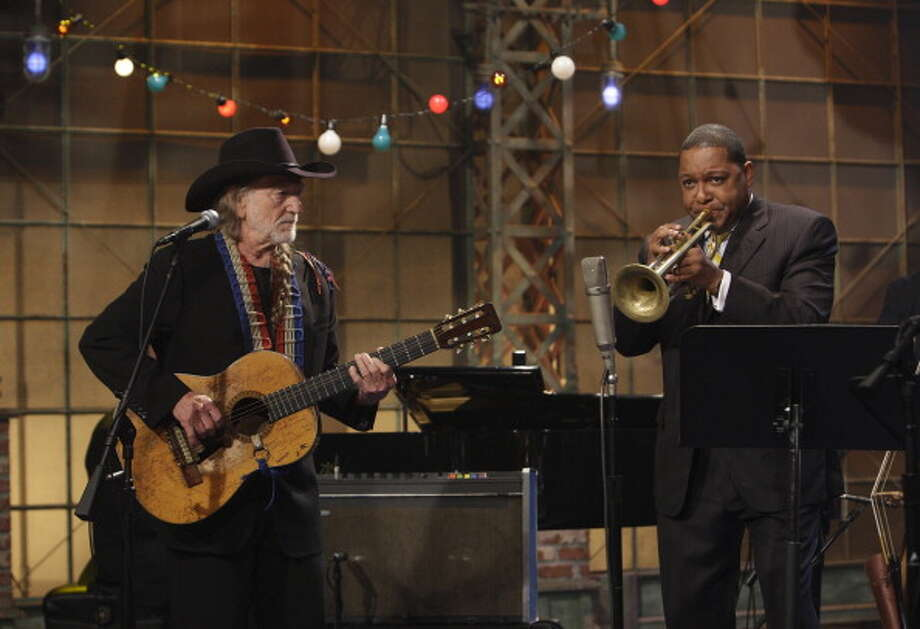 Musical guests Willie Nelson and Wynton Marsalis performed on July 10, 2008. Photo: NBC, NBC Via Getty Images / © NBC Universal, Inc.