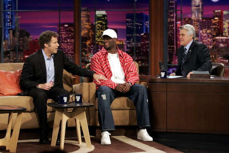 Vince Young appeared on the show awlong with Will Ferrell on Jan. 5, 2006. Photo: Handout, Getty Images / 2006 NBC