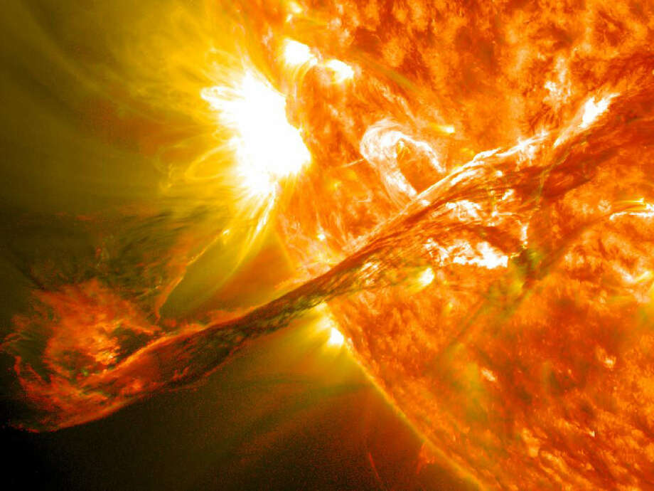 Does the Earth go around the sun, or does the sun go around the Earth? Photo: NASA / Associated Press