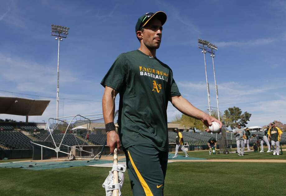 A's outfielder Sam Fuld, (29) finishes afternoon practice at Phoenix Municipal Stadium in Phoenix, Arizona on Tuesday Feb. 18,  2014. Major League Baseball's  Oakland Athletics continue their spring training in the Arizona Desert  to prepare for the upcoming season. Photo: The Chronicle