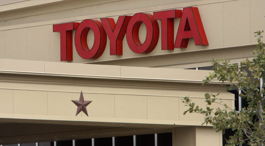 The San Antonio Toyota plant produces 26 variations of the Tundra and 22 of the Tacoma, and employs 2,900 people. Photo: San Antonio Express-News / File Photo / San Antonio Express-News