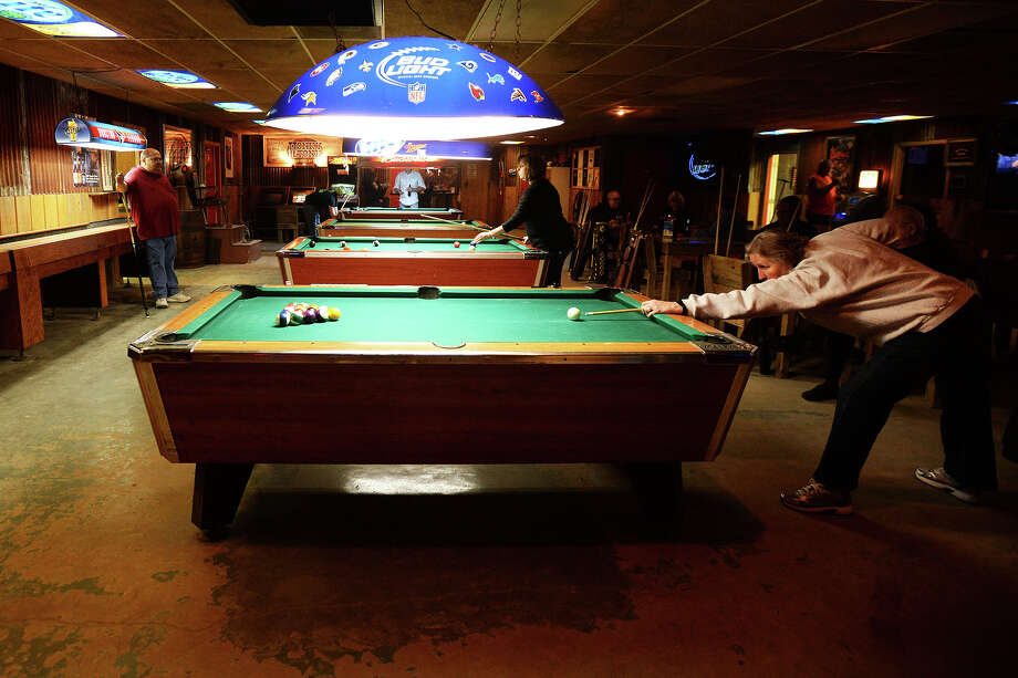 Honkey Tonk Texas offers a variety of Hardin County residents late night activities such as pool, live concerts and washer tournaments. Michael Rivera/@michaelrivera88