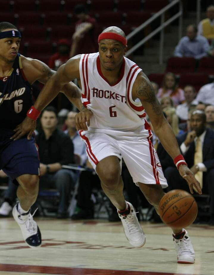 2008Who the Rockets dealt away: Bonzi Wells, Mike James (not pictured). Photo: Steve Campbell, Houston Chronicle